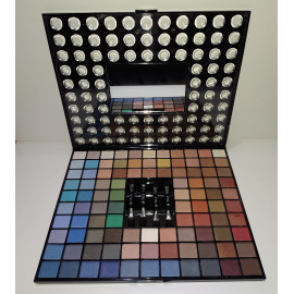 - VIC MARTIN - Paleta de Sombras de Ojos 99 colores